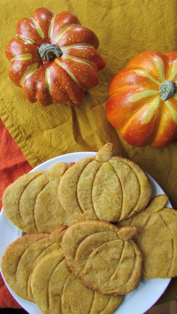 Paleo Pumpkin Spice Sugar Cookies - Veggie Staples